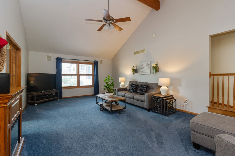 Real Estate Photography - 1956 Claire Ct, Bourbanias, IL, 60914 - Living Room