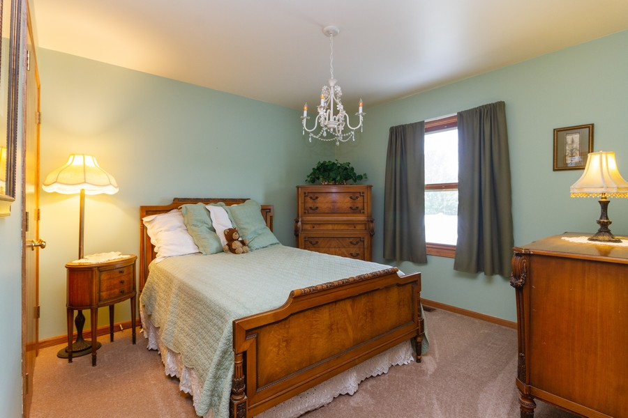 Real Estate Photography - 1956 Claire Ct, Bourbanias, IL, 60914 - 2nd Bedroom