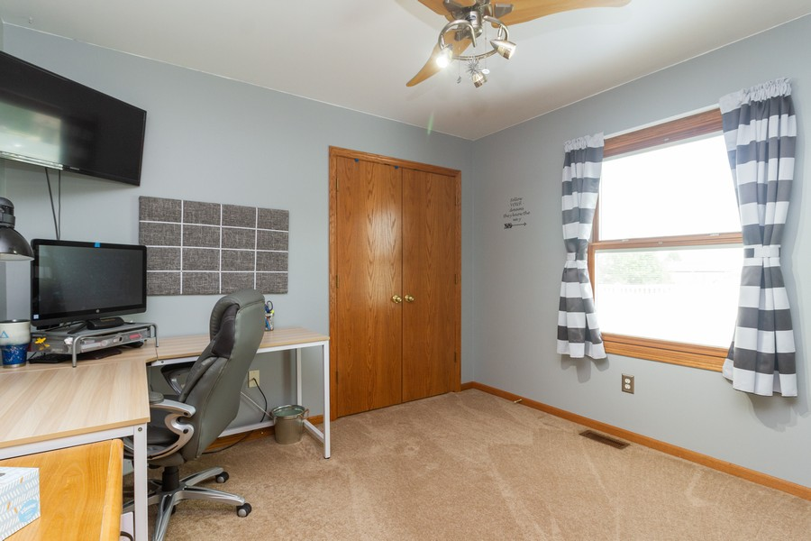 Real Estate Photography - 1956 Claire Ct, Bourbanias, IL, 60914 - Bedroom