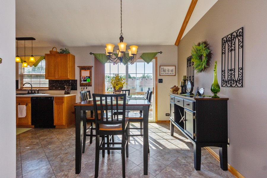 Real Estate Photography - 5 Layden Circle, Manteno, IL, 60950 - Dining Room