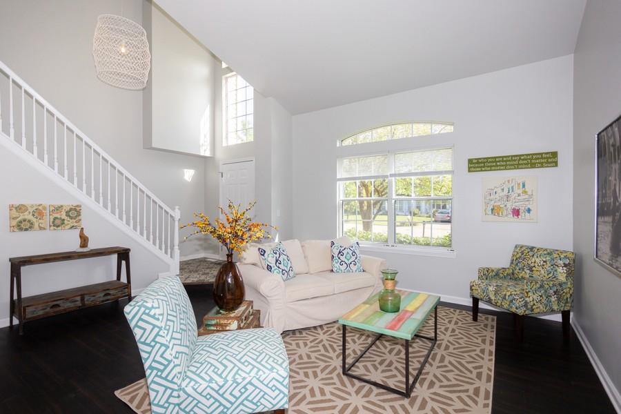 Real Estate Photography - 609 Salem Circle, Oswego, IL, 60543 - Living Room
