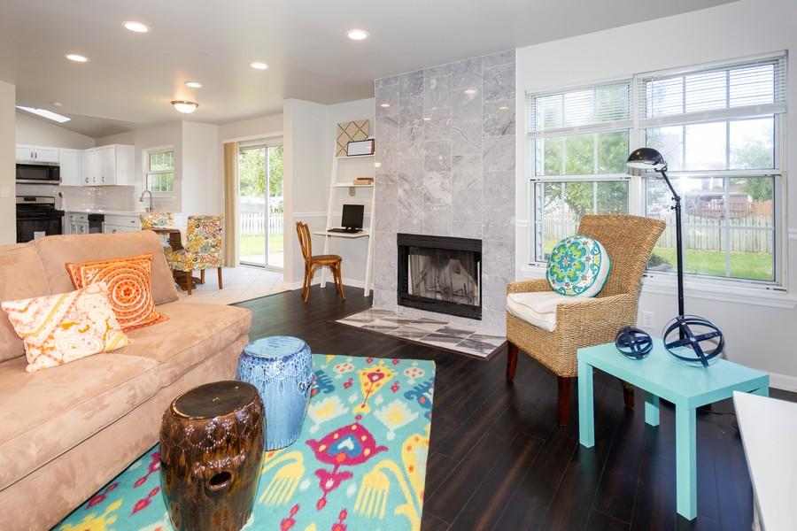 Real Estate Photography - 609 Salem Circle, Oswego, IL, 60543 - Family Room