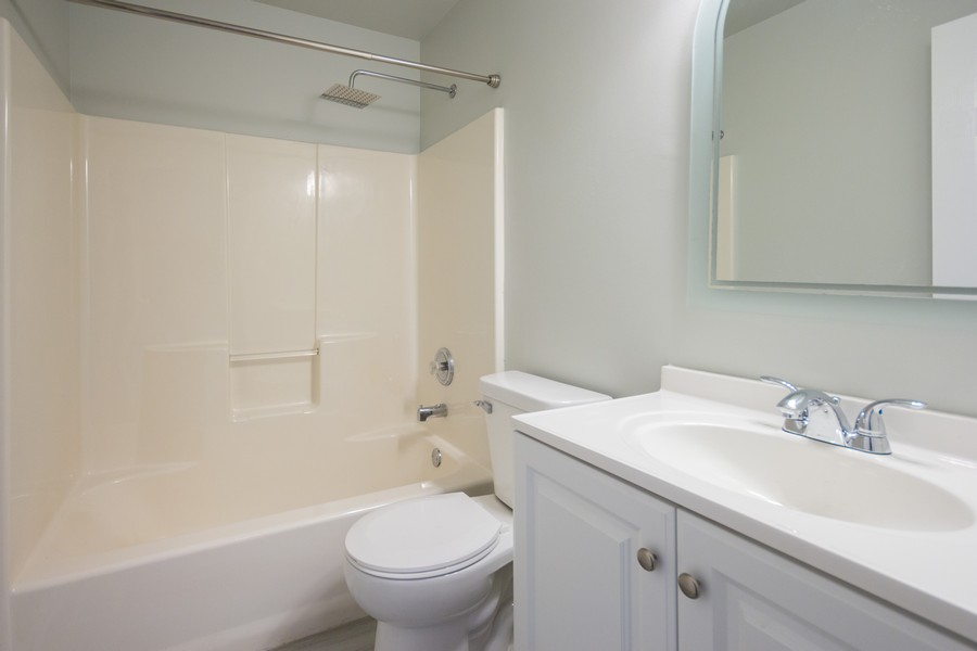 Real Estate Photography - 609 Salem Circle, Oswego, IL, 60543 - Bathroom