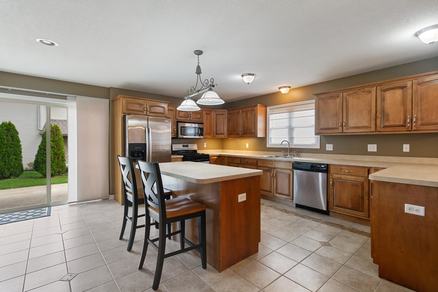 Real Estate Photography - 1726 Bridle Ct, Bourbonnais, IL, 60914 - Kitchen