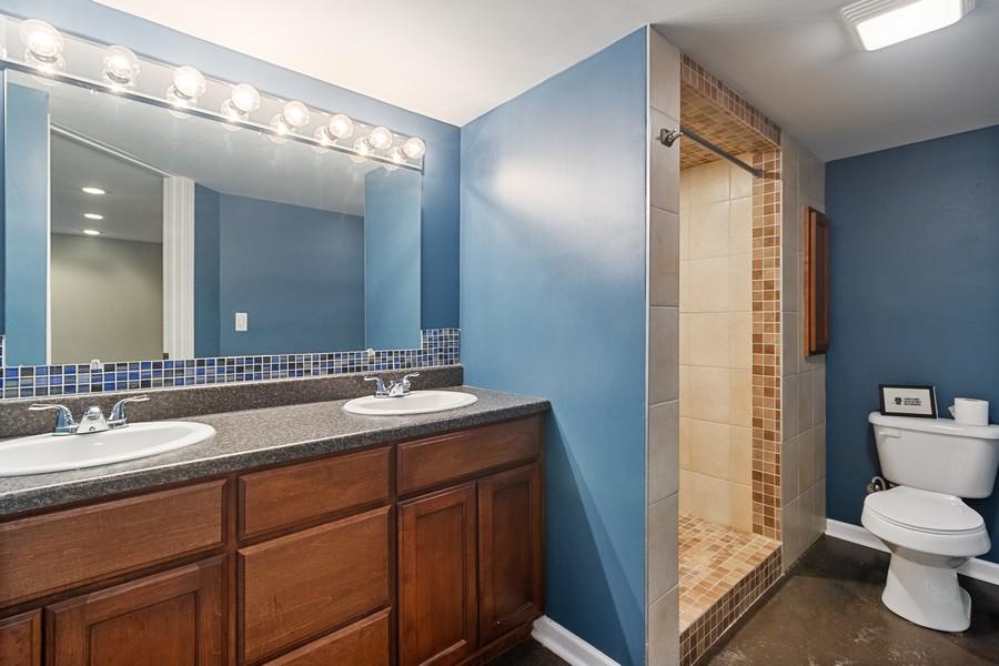 Real Estate Photography - 1726 Bridle Ct, Bourbonnais, IL, 60914 - 2nd Bathroom