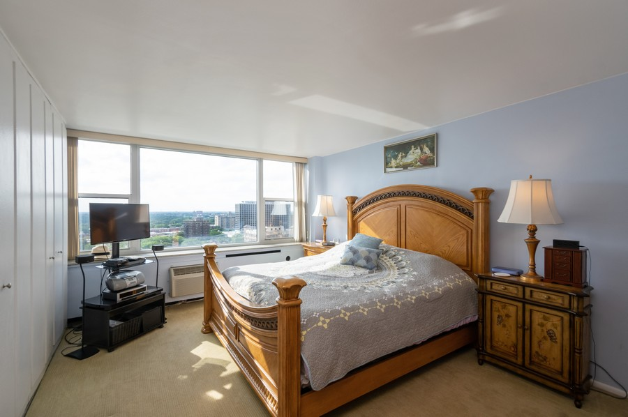 Real Estate Photography - 4250 N Marine, Unit 1716, Chicago, IL, 60618 - Master Bedroom