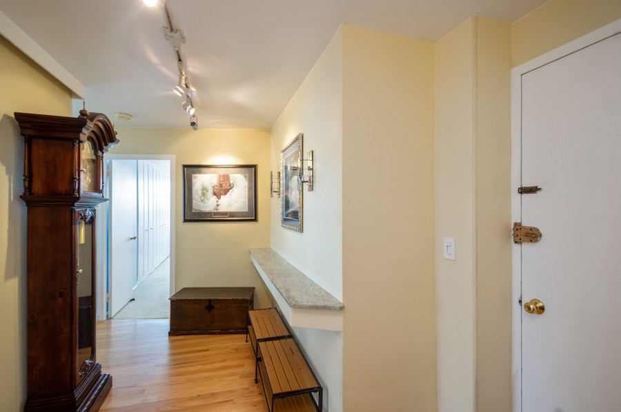 Real Estate Photography - 4250 N Marine, Unit 1716, Chicago, IL, 60618 - Foyer