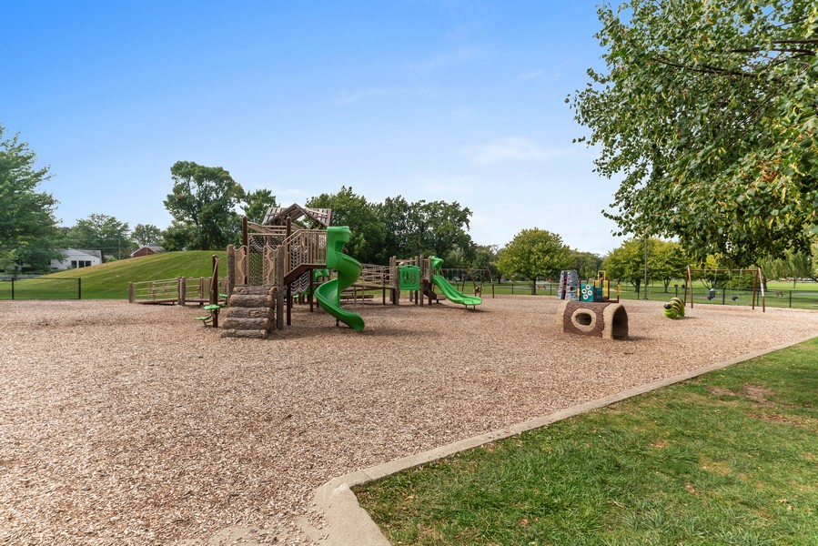 Real Estate Photography - 32 Blodgett Avenue, Clarendon Hills, IL, 60514 - The Playground is also right across the street