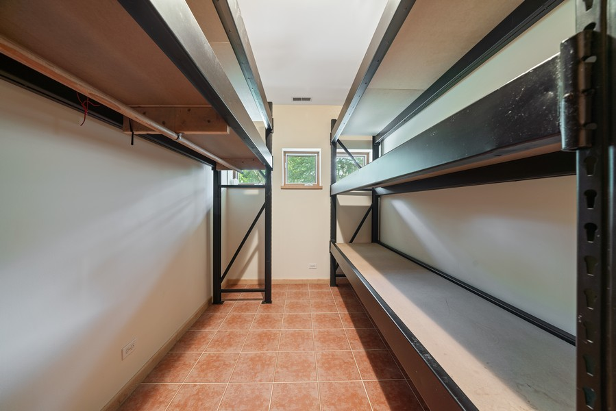 Real Estate Photography - 32 Blodgett Avenue, Clarendon Hills, IL, 60514 - Industrial strength closet organizers