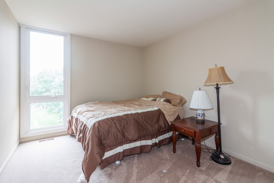 Real Estate Photography - 6 Maple Tree Ct, Elmhurst, IL, 60126 - 2nd bedroom