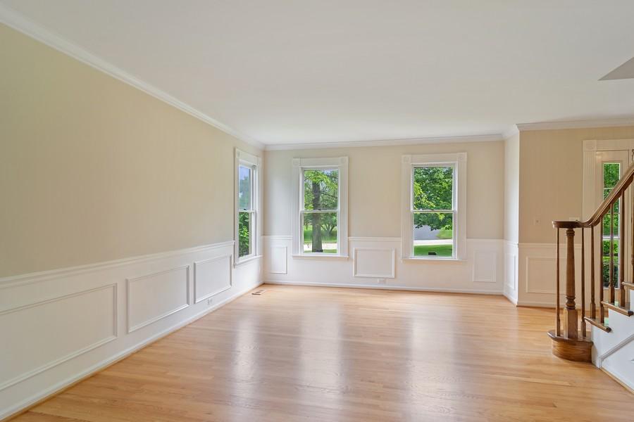 Real Estate Photography - 23907 Lancaster Ct, Deer Park, IL, 60010 - Living Room