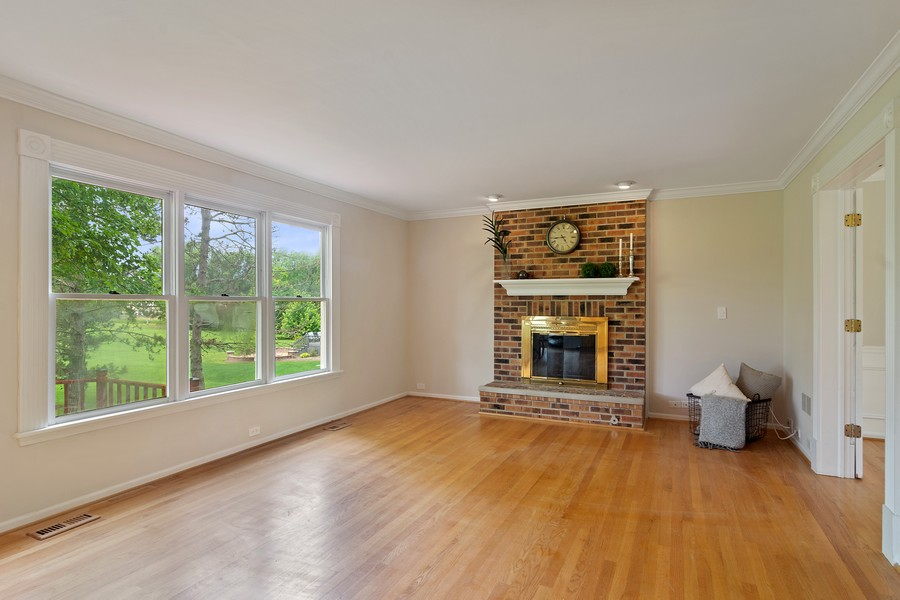 Real Estate Photography - 23907 Lancaster Ct, Deer Park, IL, 60010 - Family Room