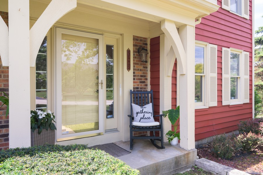 Real Estate Photography - 23907 Lancaster Ct, Deer Park, IL, 60010 - Entrance