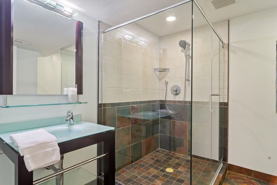 Real Estate Photography - 23907 Lancaster Ct, Deer Park, IL, 60010 - 2nd Bathroom