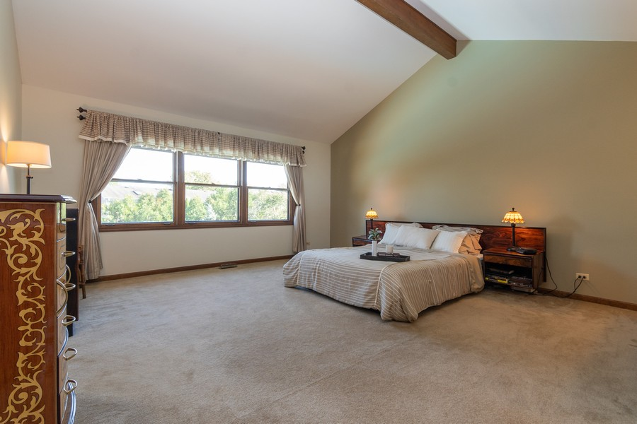Real Estate Photography - 1519 Laburnum Rd, Hoffman Estates, IL, 60192 - Master Bedroom