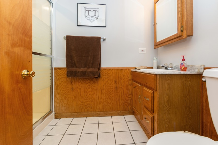 Real Estate Photography - 5118 s. Nagle, chicago, IL, 60638 - 3rd Bathroom