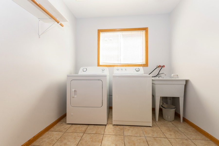 Real Estate Photography - 5118 s. Nagle, chicago, IL, 60638 - Laundry Room