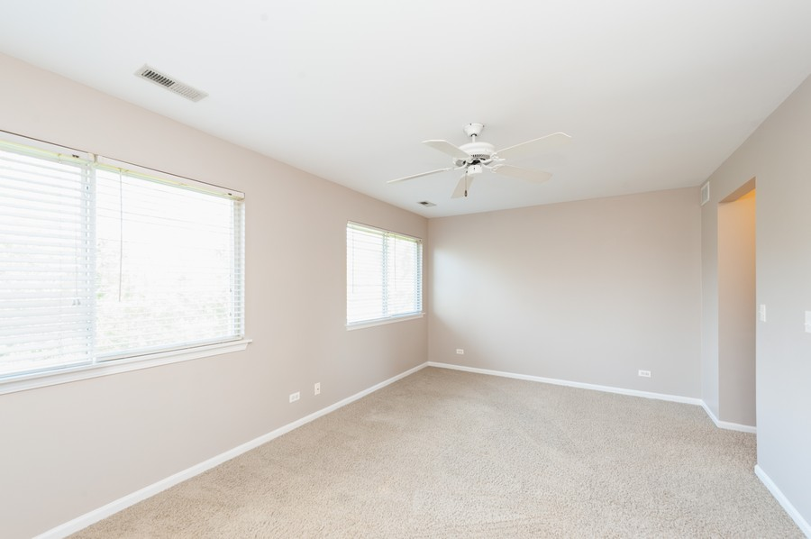 Real Estate Photography - 76 Keenland, Grayslake, IL, 60030 - Master Bedroom