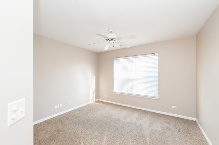 Real Estate Photography - 76 Keenland, Grayslake, IL, 60030 - 2nd Bedroom
