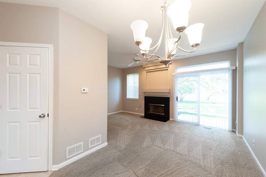 Real Estate Photography - 76 Keenland, Grayslake, IL, 60030 - Family Room