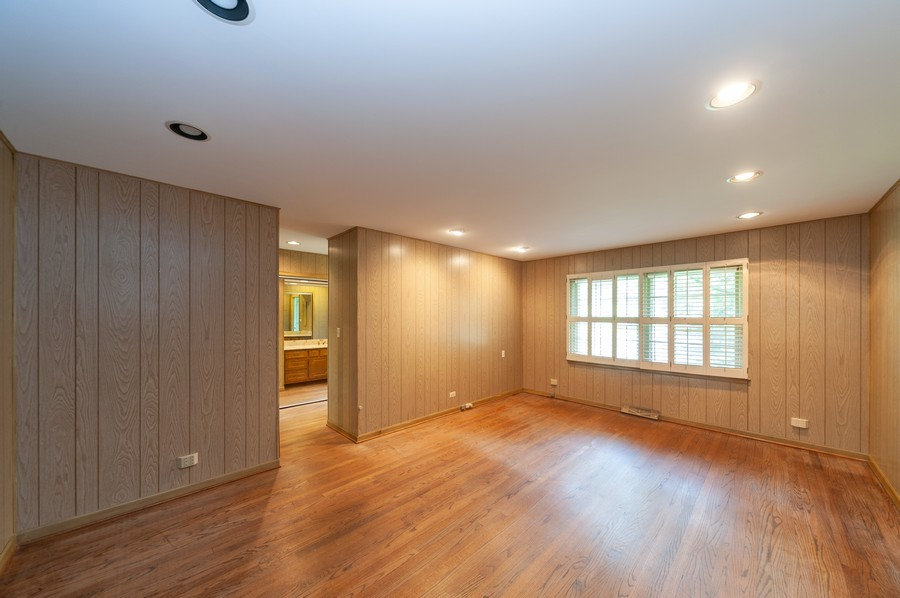 Real Estate Photography - 635 Carlisle Ave, Deerfield, IL, 60015 - Master Bedroom