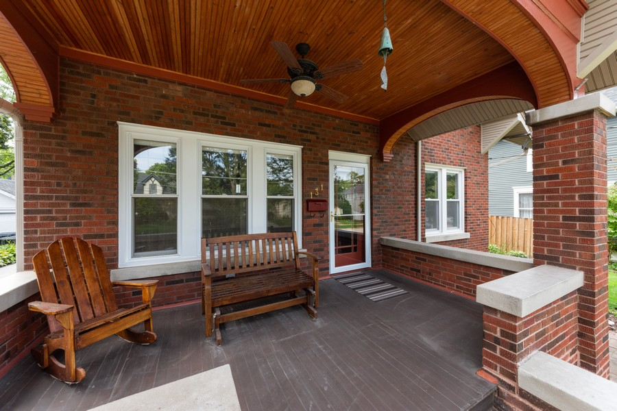 Real Estate Photography - 131 W. Russell Street, Barrington, IL, 60010 - INVITING FRONT PORCH