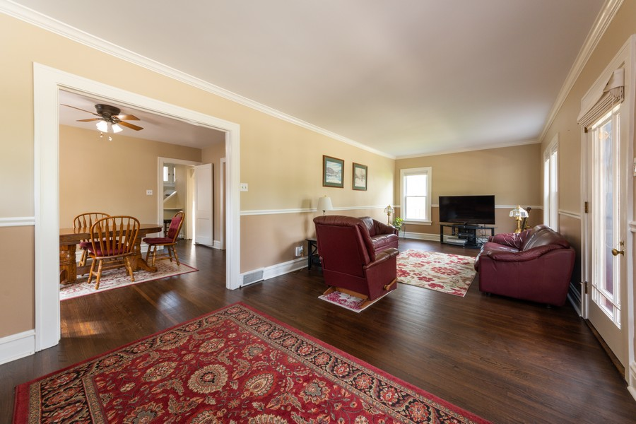 Real Estate Photography - 131 W. Russell Street, Barrington, IL, 60010 - EXPANSIVE LIVING ROOM ACROSS ENTIRE FRONT OF HOME