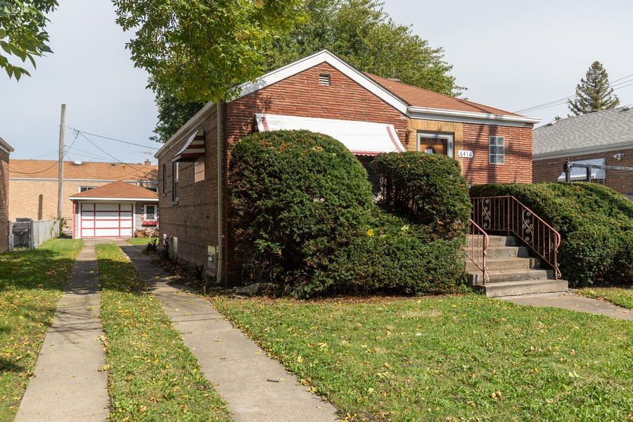 Real Estate Photography - 6416 W Pershing, Berwyn, IL, 60402 - Front View