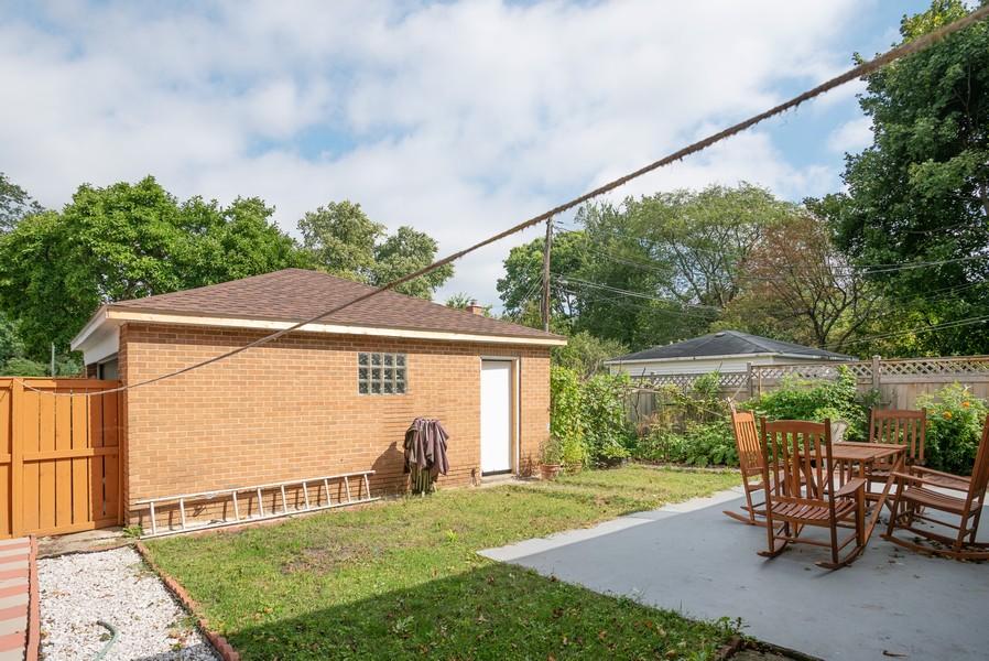Real Estate Photography - 2145 Brummel Ave, Evanston, IL, 60202 - Back Yard