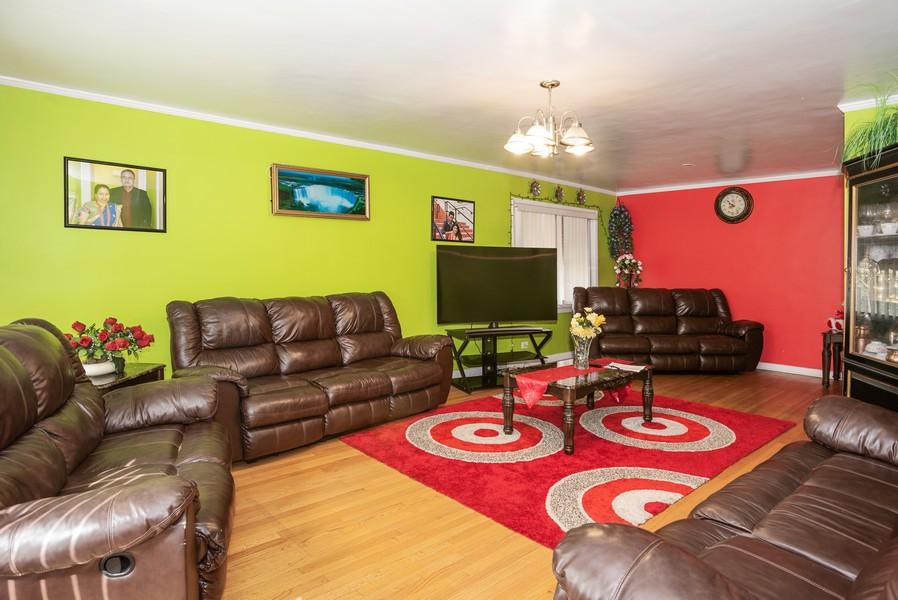 Real Estate Photography - 2145 Brummel Ave, Evanston, IL, 60202 - Living Room / Dining Room