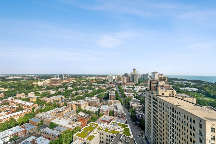 Real Estate Photography - 2020 N Lincoln Park West 26D, Chicago, IL, 60614 - View