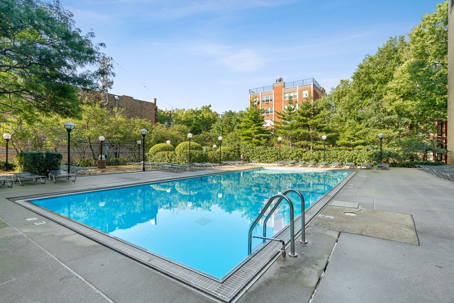 Real Estate Photography - 2020 N Lincoln Park West 26D, Chicago, IL, 60614 - Pool