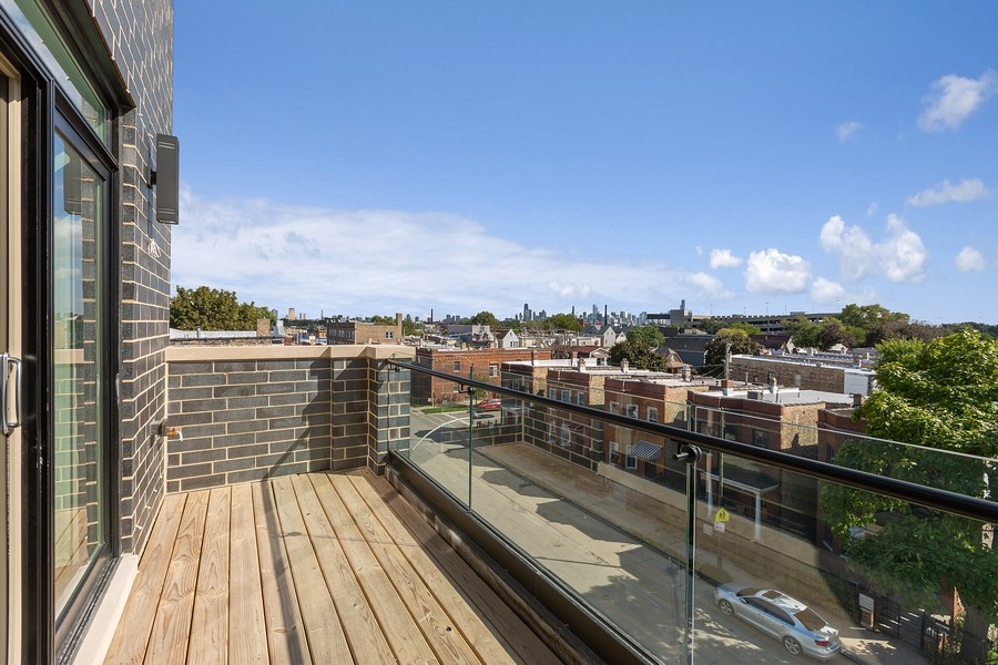 Real Estate Photography - 2514 W. Diversey, Chicago, IL, 60647 - Balcony