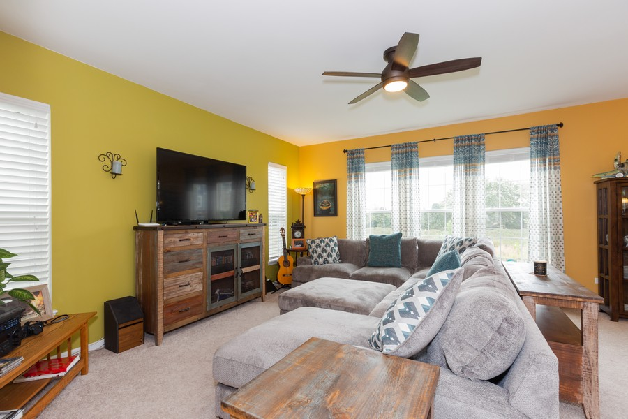 Real Estate Photography - 13705 Ann Drive, Lemont, IL, 60439 - Family Room
