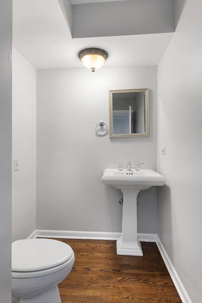 Real Estate Photography - 1648 N. Burling, #D, Chicago, IL, 60614 - Half Bath
