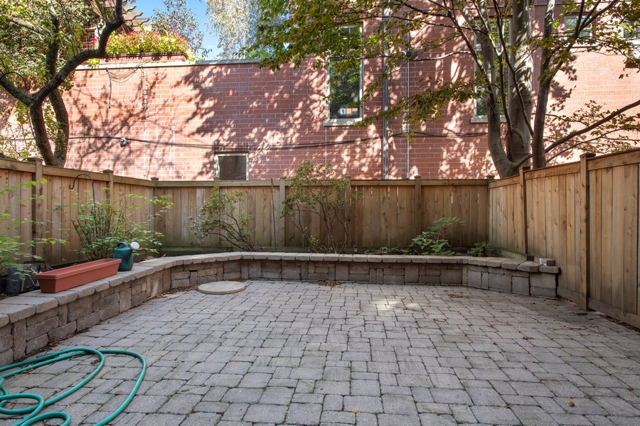 Real Estate Photography - 1648 N. Burling, #D, Chicago, IL, 60614 - Patio