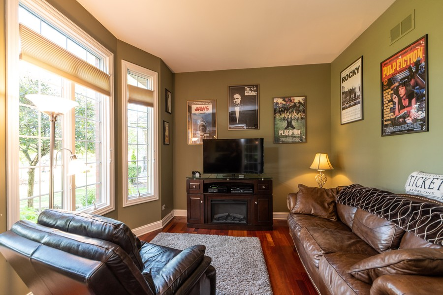 Real Estate Photography - 11082 Siena Drive, Frankfort, IL, 60423 - Living Room