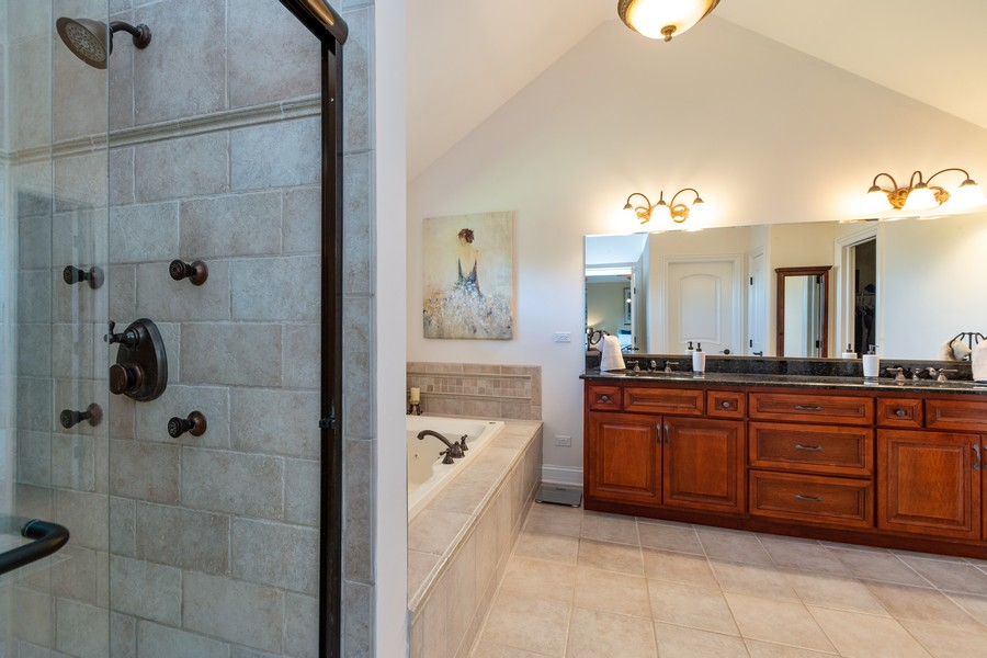 Real Estate Photography - 11082 Siena Drive, Frankfort, IL, 60423 - Master Bathroom