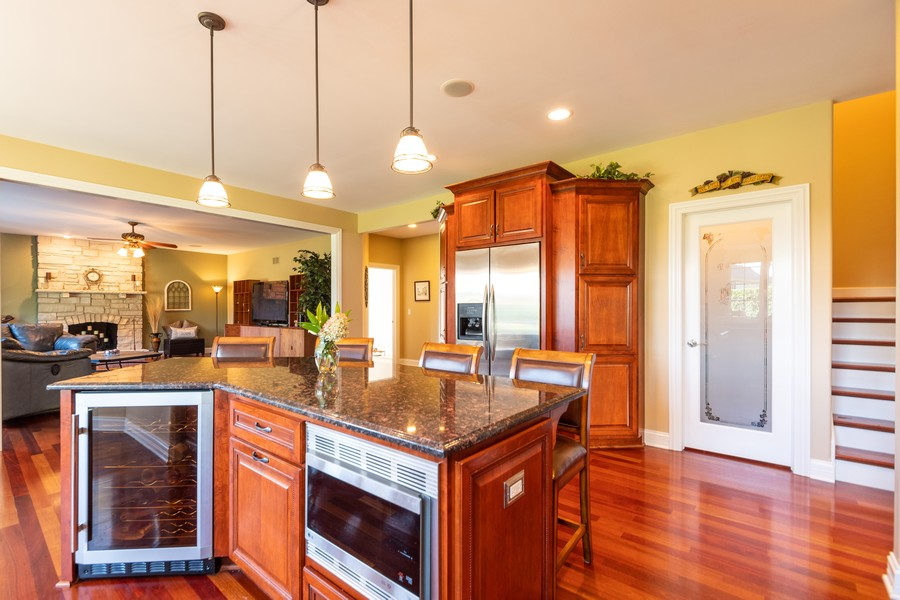 Real Estate Photography - 11082 Siena Drive, Frankfort, IL, 60423 - Kitchen