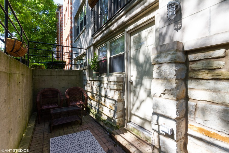 Real Estate Photography - 1540 N Claremont, 1E, Chicago, IL, 60622 -