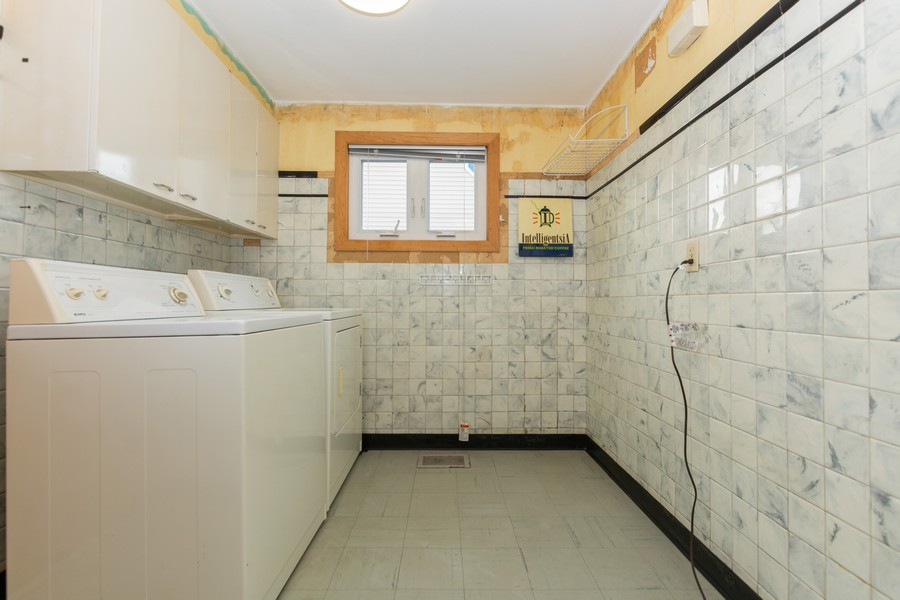 Real Estate Photography - 8759 S Duffy, Hometown, IL, 60456 - Laundry Room
