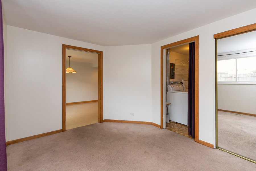 Real Estate Photography - 918 N. Milwaukee Ave Unit D, Libertyville, IL, 60048 - 2nd Bedroom