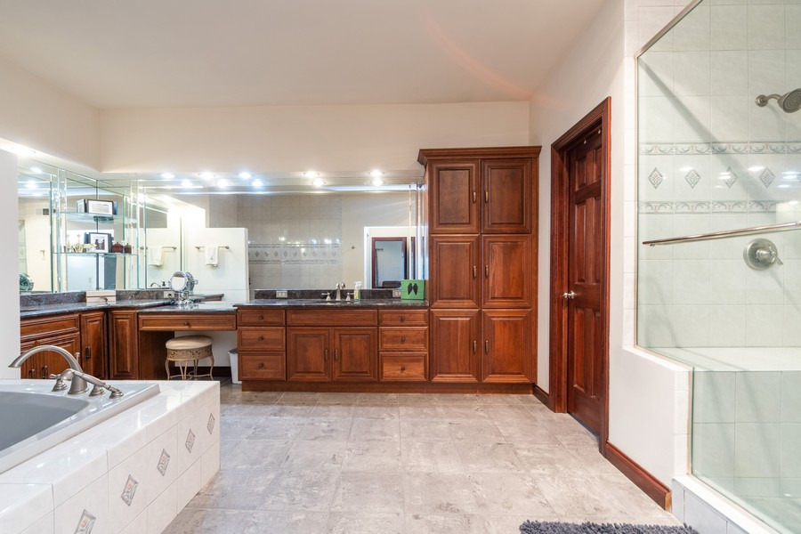 Real Estate Photography - 5336 175th Street, Tinley Park, IL, 60477 - Master Bathroom
