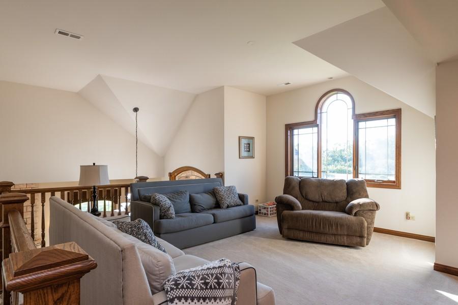 Real Estate Photography - 5336 175th Street, Tinley Park, IL, 60477 - Loft