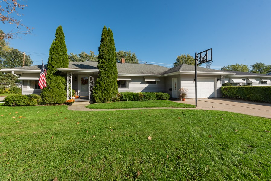 Real Estate Photography - 288 Wisconsin Street, Mayville, WI, 53050 - Front View