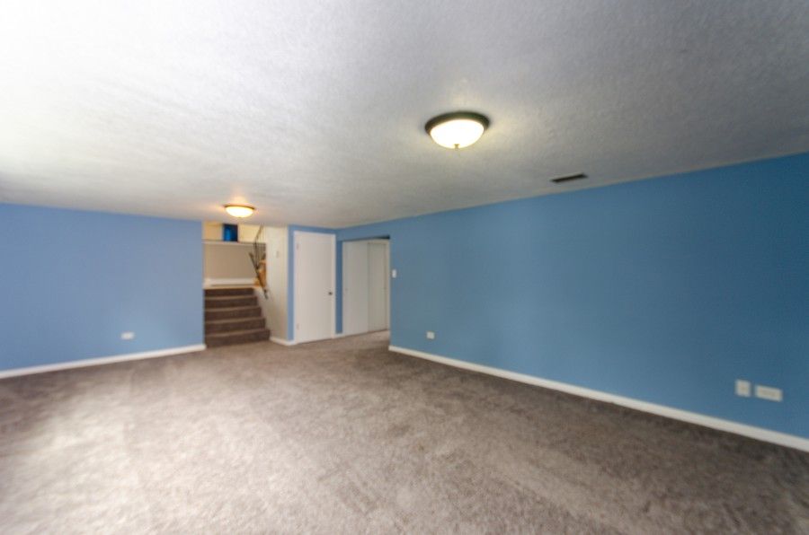 Real Estate Photography - 924 E. 169th Street, South Holland, IL, 60473 - Lower Level