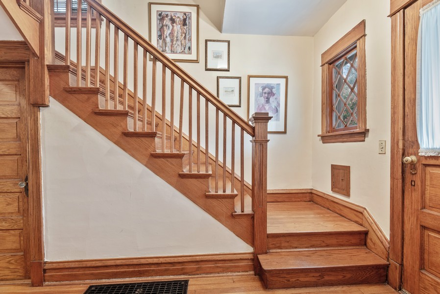Real Estate Photography - 1621 Lake Ave., Wilmette, IL, 60091 - Foyer