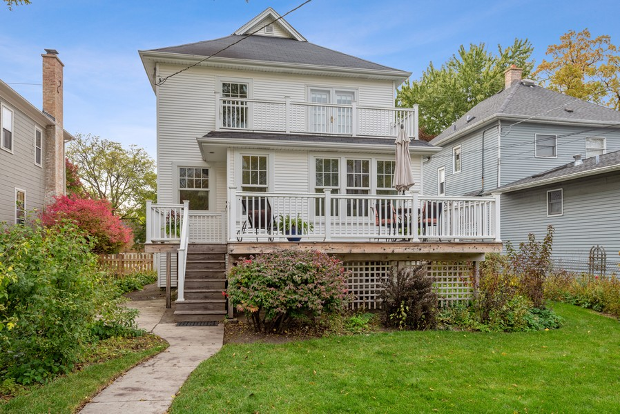 Real Estate Photography - 1621 Lake Ave., Wilmette, IL, 60091 - Rear View