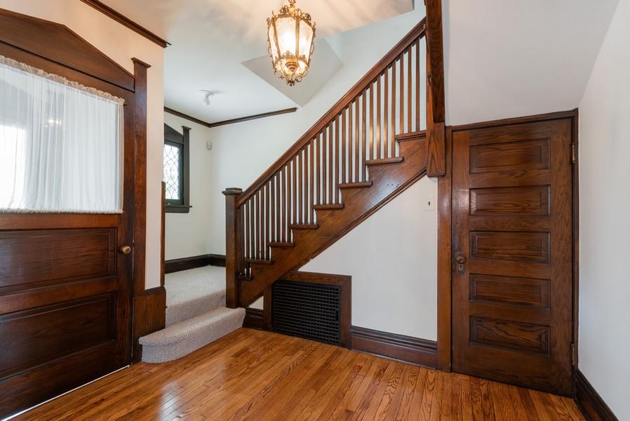Real Estate Photography - 2329 Ridge, Evanston, IL, 60201 - Foyer
