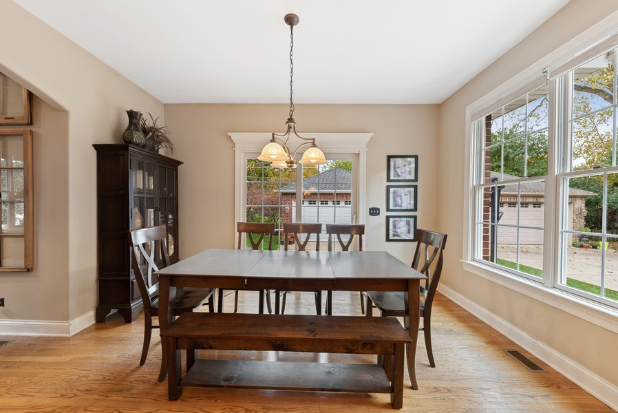Real Estate Photography - 827 N. Princeton, Arlington Heights, IL, 60004 - Breakfast Area